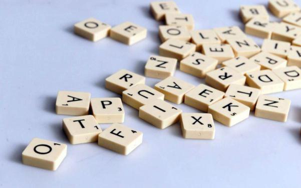 « Je flunche puis on se skype » : Comment les verbes de marques investissent notre langage